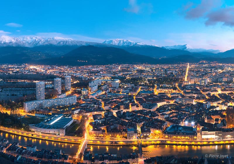 Taxi Grenoble nuit